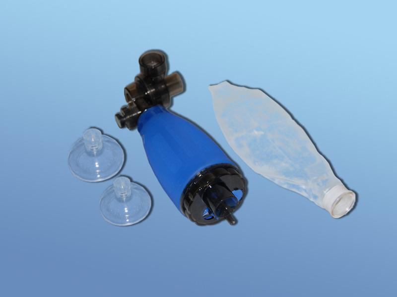Ručný silikónový resuscitačný vak DAHLHAUSEN, 51.500.00.303, Súprava pre kojencov a deti vrátane masiek č. 0 a 1 s rezervoárom kyslíka 600 ml